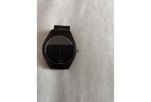 Hout horloge  - 32FBFBF0-ACE6-43BA-8253-BB067326B9FD.jpeg