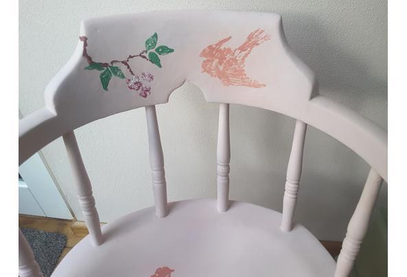 Solide gedecoreerde stoel - 20201129_145948