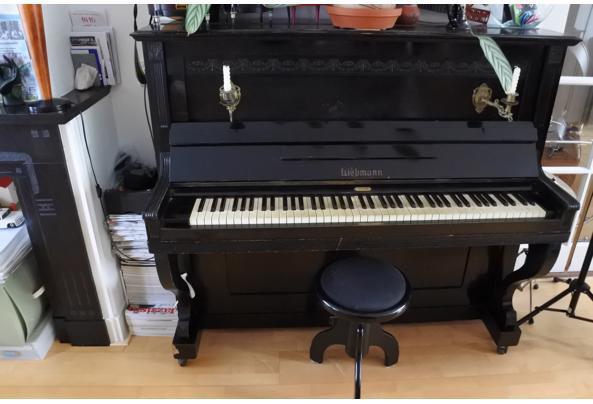 Zwarte klassieke Liebmann-piano - DSC_0491.JPG