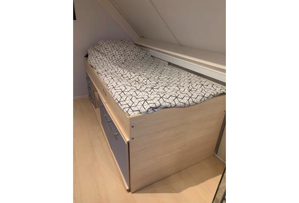 Hoogslaper bed - 1e5a06a8-0787-4aad-a727-ca0fc2736da2