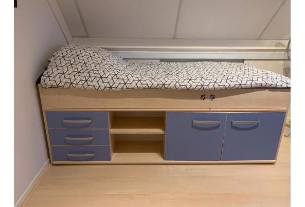 Hoogslaper bed - 955784e5-50f3-44ae-8d45-ba05f97aca51
