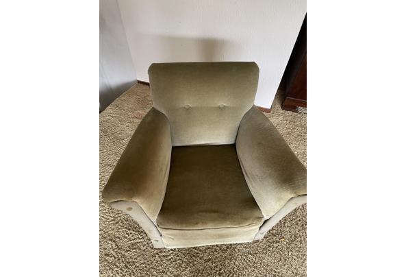 Gratis leuke fluwelen fauteuil (Bussum) - 1FAB7EA1-5D8E-4869-B458-2F9C9040F3FB