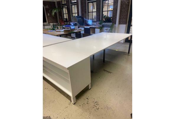 Herman Miller lange tafel (2 tafels beschikbaar, een met en een zonder kast) - $_86