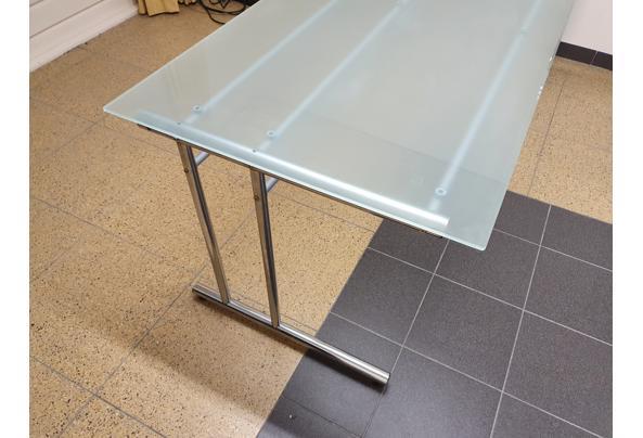 Bureau, glazen blad met metalen onderstel - 20210205_183704