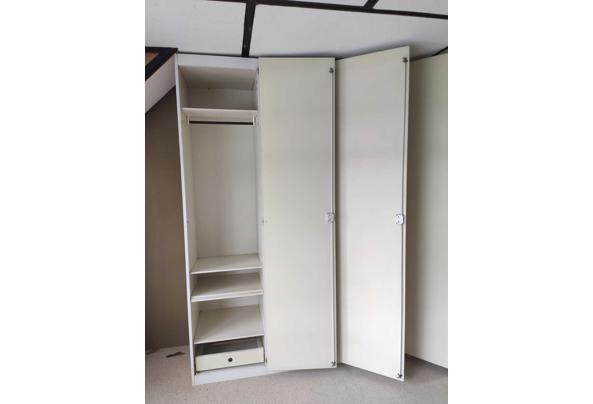 Interlubke kledingkast - 4B31082B-C5AD-44D4-99CE-BDF976F52743