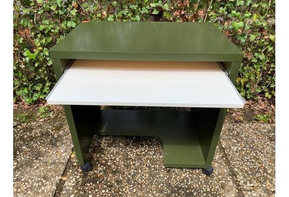Handig klein bureau voor computer - Bureau