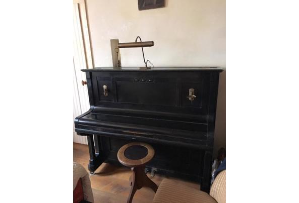 Beetje vals, maar verder nog prima piano. Heeft mij jaren goede dienst bewezen - 325DE7D0-0D13-4D20-86D7-81416745175C.jpeg