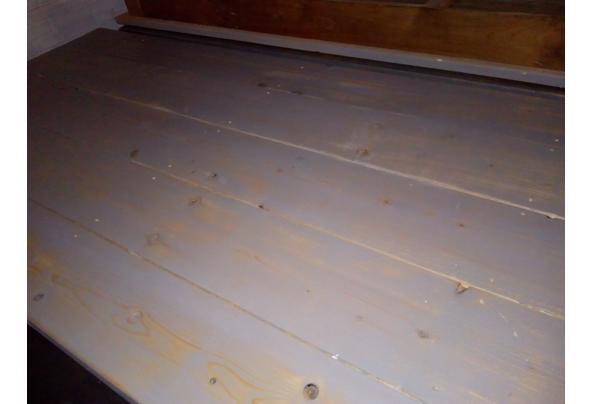 mooie degelijke houten tafels - grijze-tafel-1