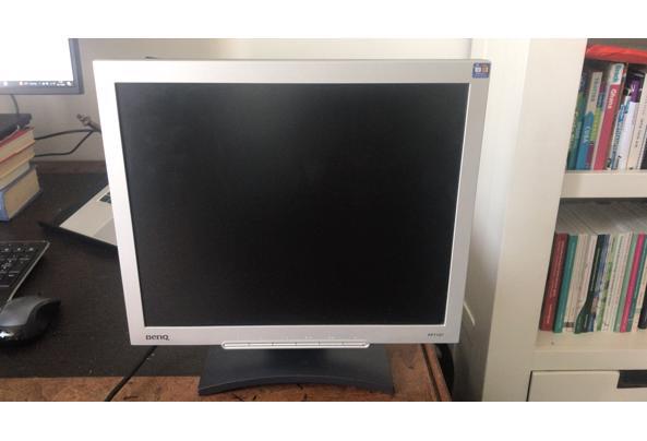 Computerscherm 17 inch - B3931633-85F1-4FAF-931D-9DE1E66AC5E7