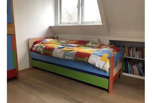 Bed & logeerbed 200x80 hout/kleurrijk  - 2F090075-E03A-43C1-9744-BB24105290D9