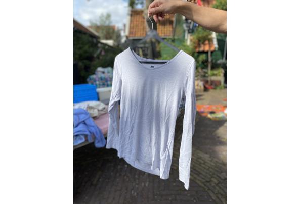 Verschillende kledingstukken maat S/36 - 0B2A2DE4-0A4B-4684-9CBB-CCC0AAF5361C