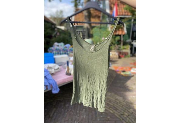 Verschillende kledingstukken maat S/36 - 4CFC6259-BE33-471F-8DFA-6B6541007895