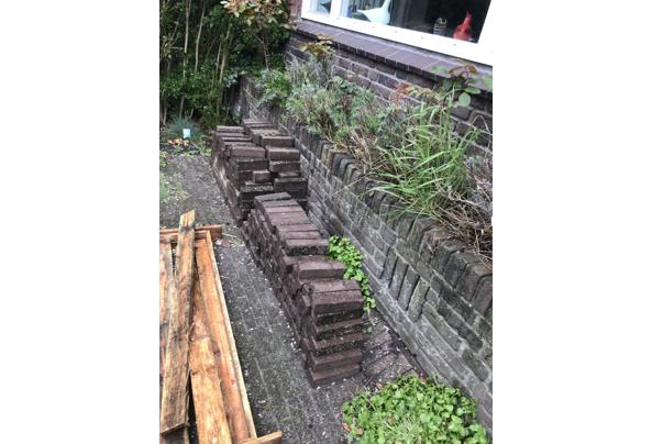 Steen voor in tuin of looppad - E4DBA00A-2413-46A1-A681-A0F66175FCE5