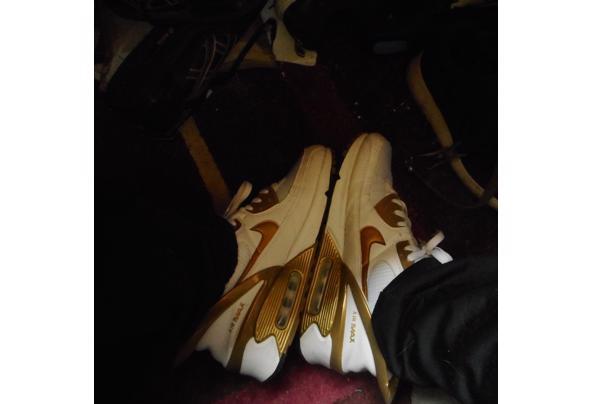 sportschoenen te leen voor kamp toneel  - 018_637632463116585285
