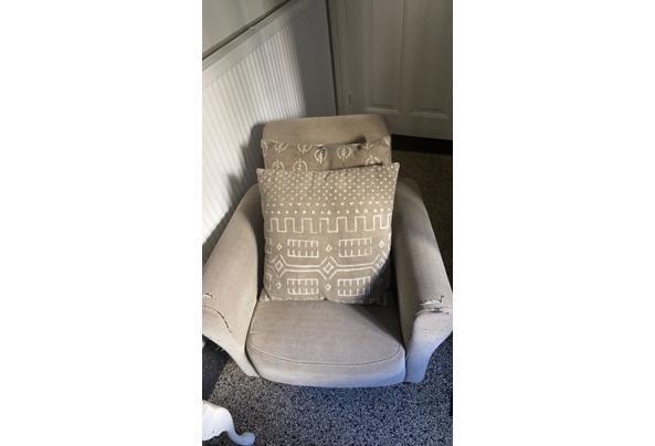 Lekkere stoel - 0033BE83-B390-42F8-B34A-449CDFE5F352
