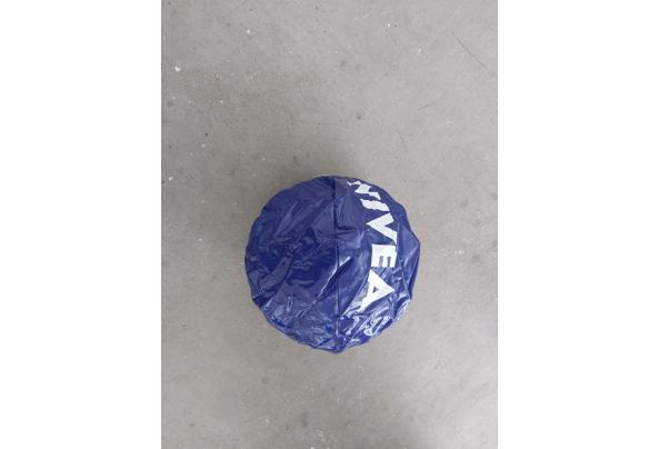 Nivea opblaasbare strandbal  - 20210703_162605