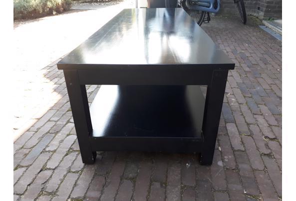 zwarte robuuste salontafel - 20210908_145532