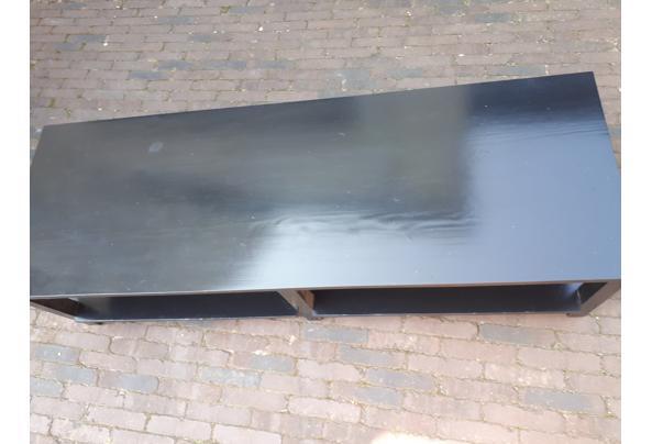 zwarte robuuste salontafel - 20210908_145538