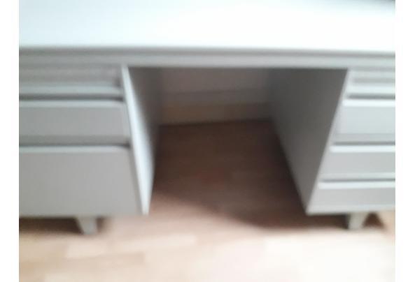 bureau van metaal - 20210203_101000