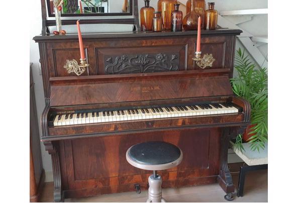 antieke piano - piano
