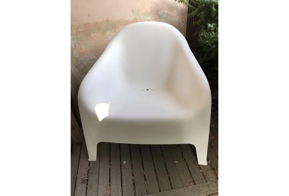 witte kunststof tuinstoel - IMG_2274