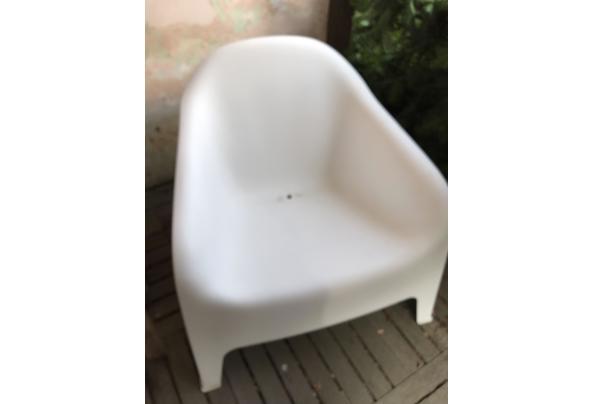 witte kunststof tuinstoel - IMG_2275