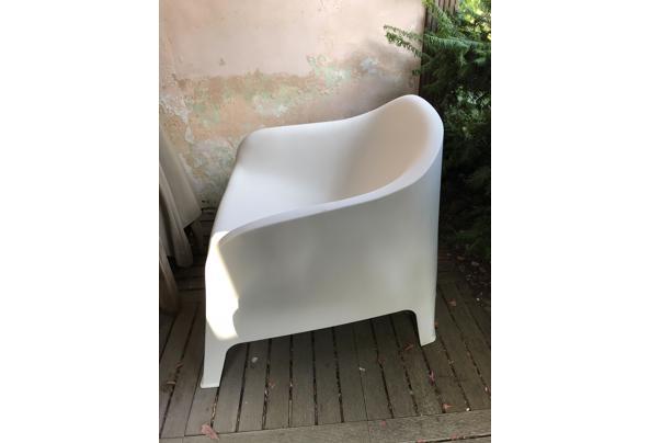 witte kunststof tuinstoel - IMG_2276
