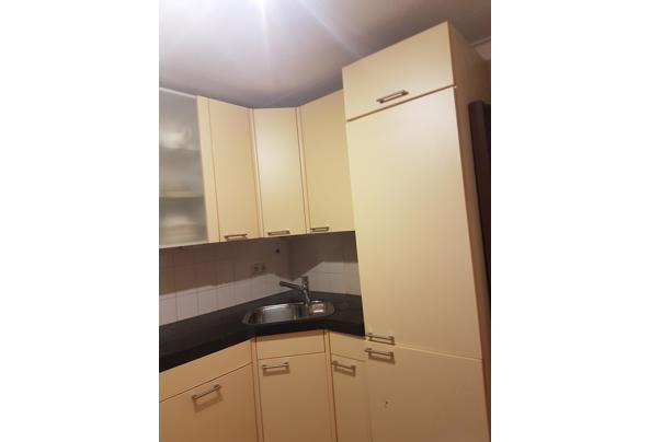 keuken, zachtgeel en keukenblok - 20201027_181846