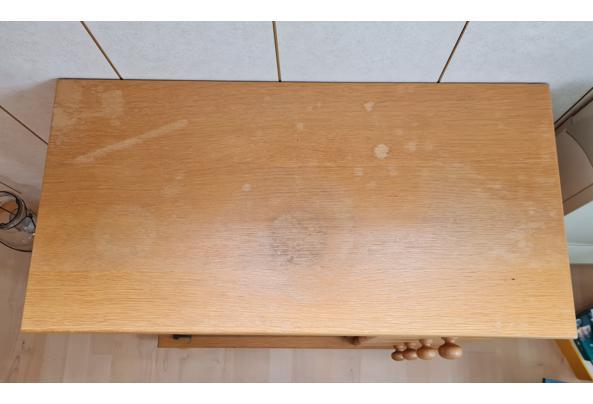 Kastje met glazen deurtjes en vier laadjes - 20210924_115434