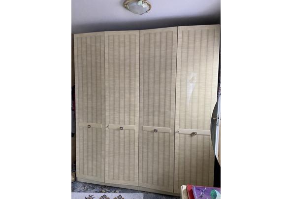 Linnenkast, toilettafel en nachtkastje - 6E0B6890-4EB0-463A-B2F2-D24B990E908F.jpeg