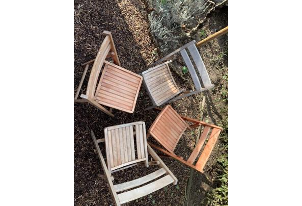 Vier houten inklapbare stoelen - 73599CCF-4E61-4640-B3B6-FEF6EC564617.jpeg