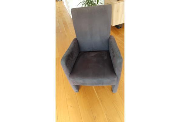 Eetkamer stoelen verrijdbaar - 20201017_100820_637385261833667960
