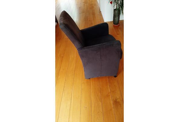 Eetkamer stoelen verrijdbaar - 20201017_100853_637385261852182216