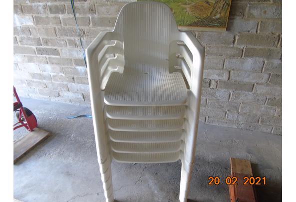 Kunstof Hartmann stoelen - DSC01926.JPG