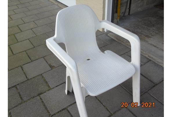 Kunstof Hartmann stoelen - DSC01928.JPG