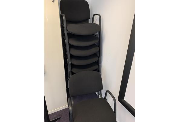 8 gebruikte vergaderstoelen - stoelen