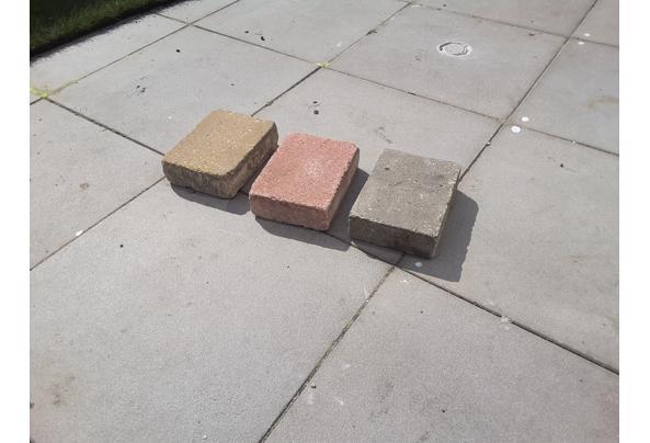 Ca. 100 stuks Cobblestones in 3 kleuren. Zie afbeeldingen. - 20210409_140858