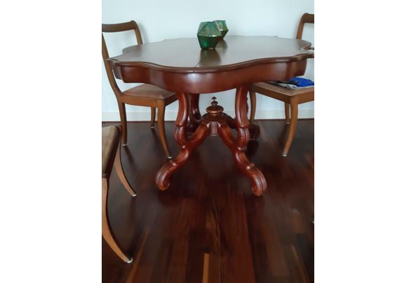 Antieke Franse kleine tafel - 20201008_151934_637380965502624663