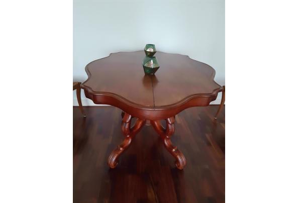 Antieke Franse kleine tafel - 20201008_152036_637380965465502433