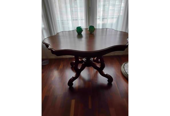 Antieke Franse kleine tafel - 20201012_104209_637380965395751475