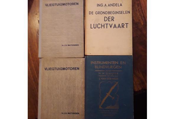 Oude leerboeken electronica/electra/luchtvaart etc - Image00004_637477957240211324