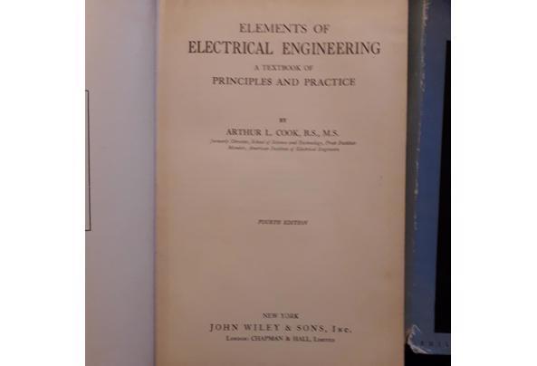 Oude leerboeken electronica/electra/luchtvaart etc - Image00007_637477957366467351