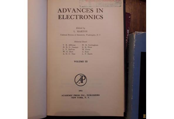 Oude leerboeken electronica/electra/luchtvaart etc - Image00008_637477957418435992