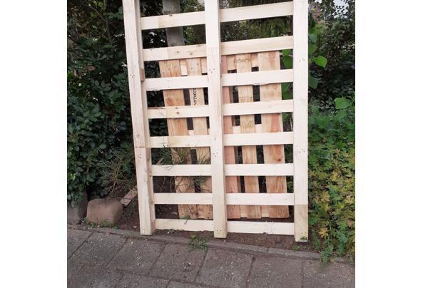 Pallet en ander onbehandeld hout - 20210910_124417