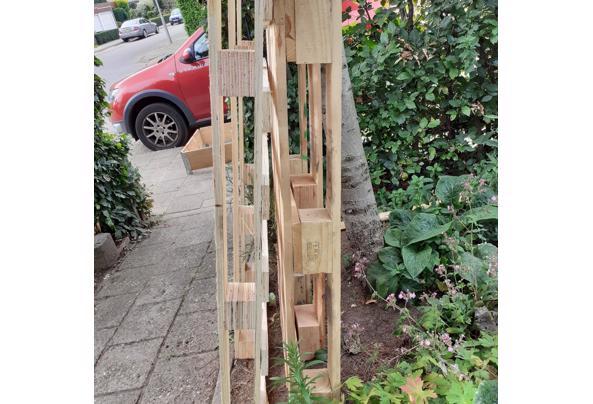 Pallet en ander onbehandeld hout - 20210910_124428