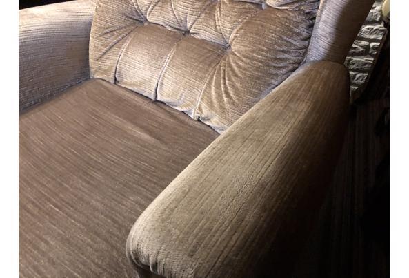 Luie stoel, jaren '50 - B5928D42-7524-40A2-916F-10D459528BC5