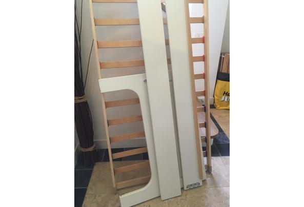 Mooi wit houten bed met lattenbodem, 1 persoons - IMG_3604