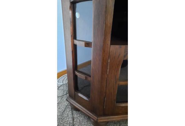 Eiken Hoekkast met glazen uertjes - IMG-20210512-WA0007