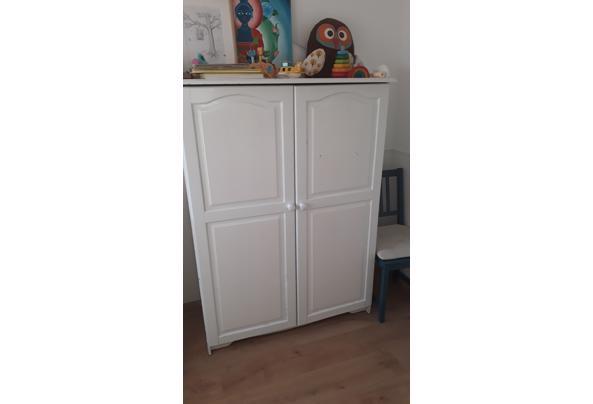 Garderobekast wit kinderkamer - kast3