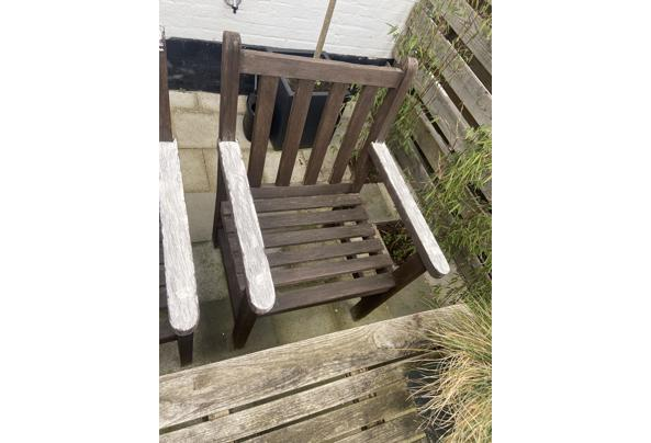 2 Hardhouten tuin stoelen - 4A5899E4-FAB1-4AC4-B247-CB29E874769C